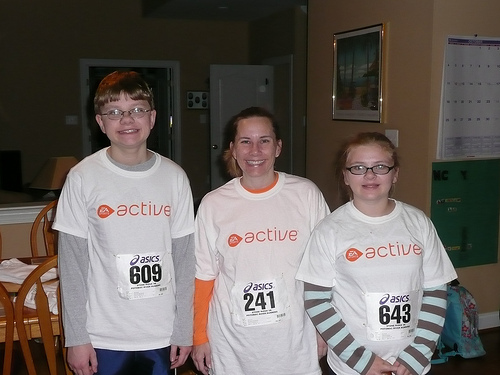Nathan, Michele, Sami in EA Sports Active tshirts 5k