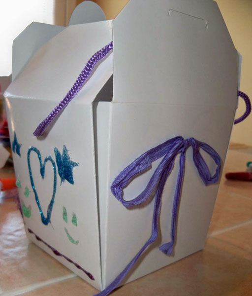 Chinese Food Box Craft Project With Elmer's X-TREME Glue #Spon