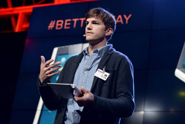 Ashton Kutcher announcing Lenovo Yoga Tablet