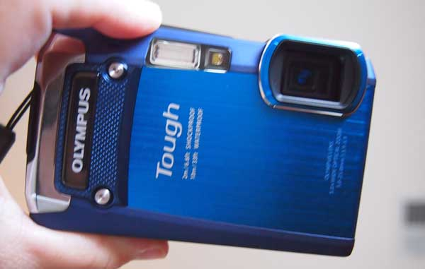 Olympus Tough TG-820 Waterproof Camera Review
